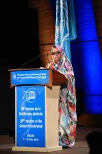 Hindou Mint Ainina Ministre de la Culture devant la 38ème assemble de l'UNESCO